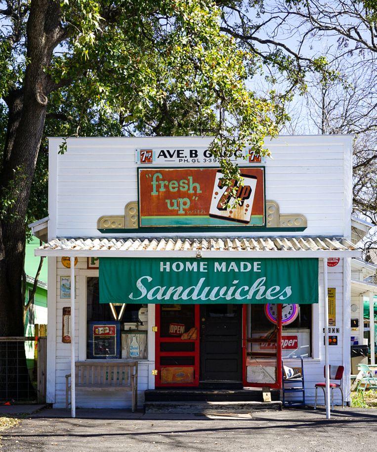 Vintage broodjeszaak onderweg. Beeld Megan Markham