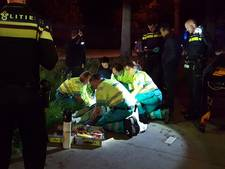 Vrouw raakt gewond nadat ze tegen boom fietst in Esch