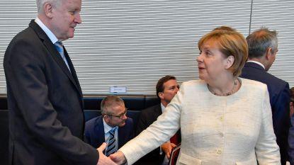 Seehofer zeer tevreden met asielcompromis Duitse coalitie
