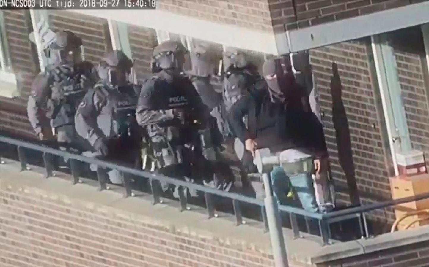 Beeld van de inval in Arnhem.