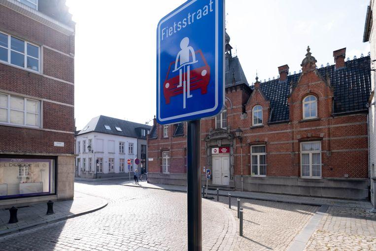 De Begijnhofstraat is al een fietsstraat. De kans is reëel dat een groot deel van de Lierse binnenstad binnen afzienbare tijd fietszone wordt.