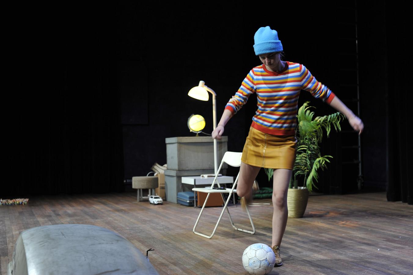Anne Steenhuis speelt haar solovoorstelling