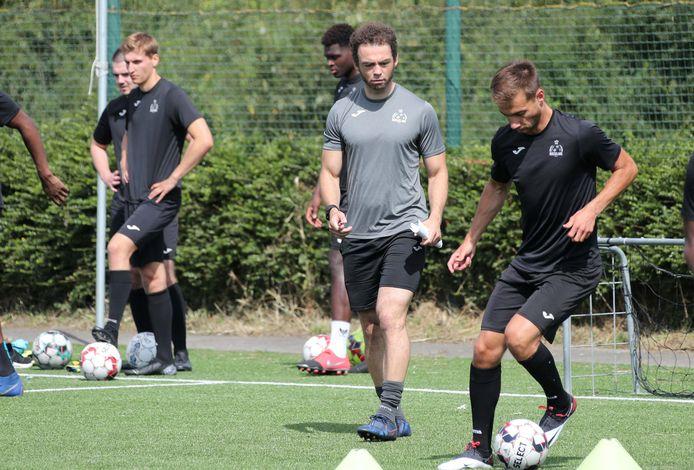 Het werd een kort avontuur als T2 voor Jamaique Vandamme bij SV Roeselare. Momenteel focust de voormalige voetballer zich op zijn studies informatica.