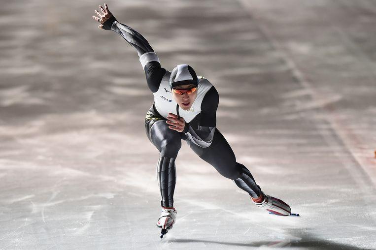 Tatsuya Shinhama regeert vrijdag op het ijs van Tomakomai en wordt eerste op de 500 meter. Beeld null