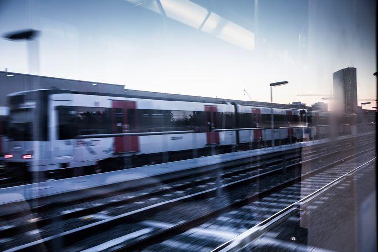 Metro 53 richting Venserpolder Beeld Waldthausen Marlena