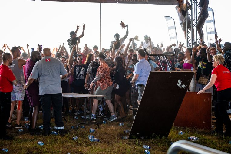 De gemoederen laaiden hoog op toen bleek dat het festival geannuleerd werd.