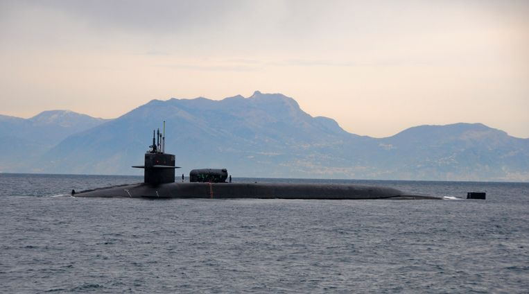 De USS Florida in Napels.