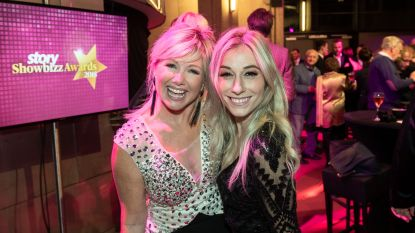 Lindsay in duet met Ianthe Tavernier