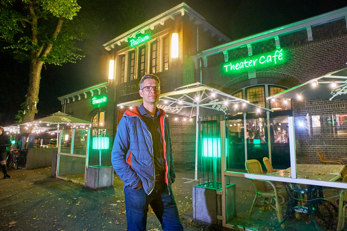 Oscar Jansen neemt na 20 jaar afscheid van cultuurpodium Groene Engel te Oss. Fotograaf: Van Assendelft/Jeroen Appels