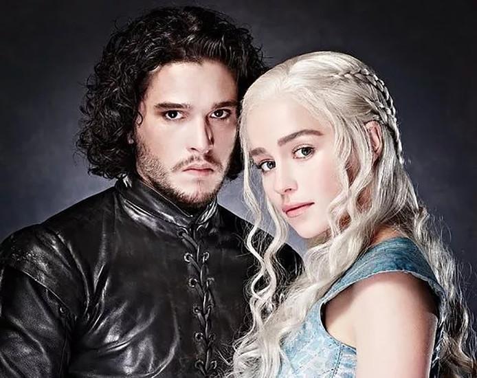 Jon Snow en Daenerys in Game of Thrones.