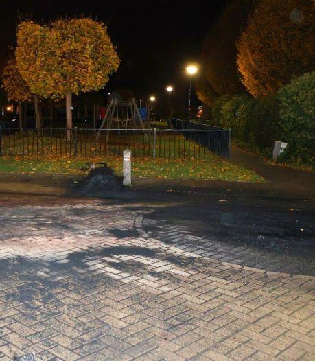 Weer is het raak in Brakel: dit keer vatten autobanden vlam