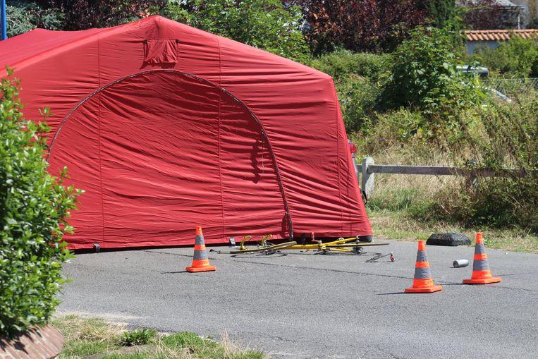 Het slachtoffer zou een man uit de regio van Dour zijn die in Koksijde op vakantie was met zijn familie.