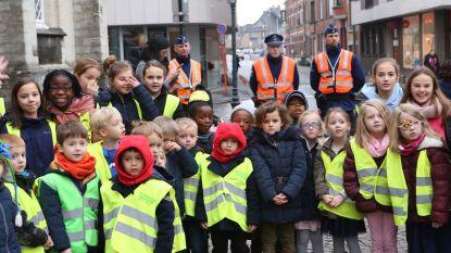 'Gele hesjes' verwelkomen Sint