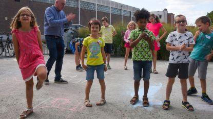 Kinderen vergasten Buyse op Ros Beiaardlied tijdens Dag met Burgemeester