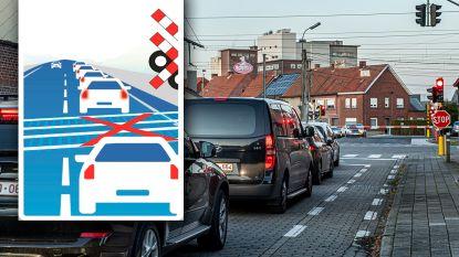 Nieuw verkeersbord tegen blokkeren van spooroverweg