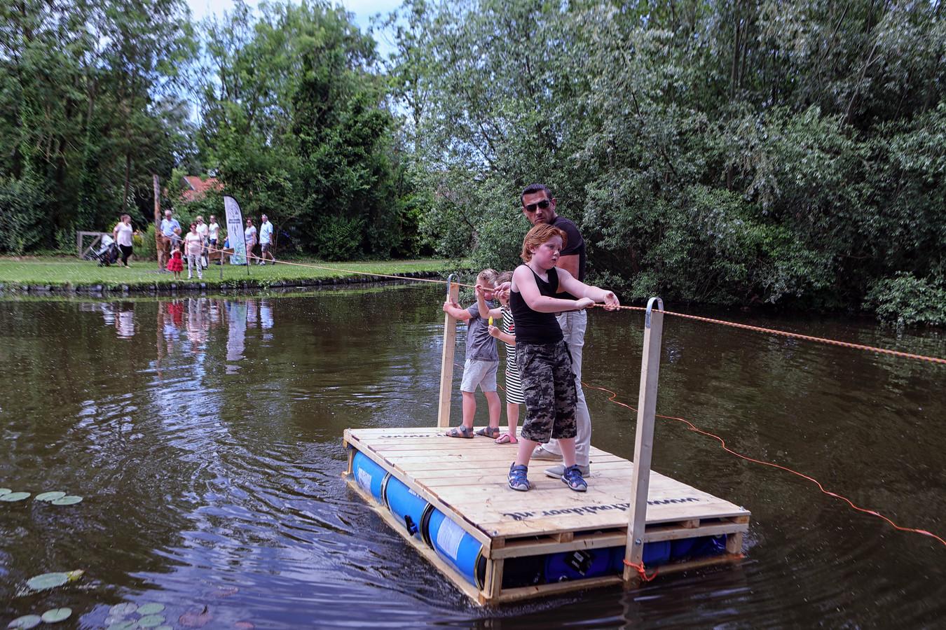 In 2017 vond de Brabantse Wal Dag plaats in het 450-jarige Nieuw-Vossemeer, waar de jeugd bij de Kreek kon oversteken met een trekpontje.