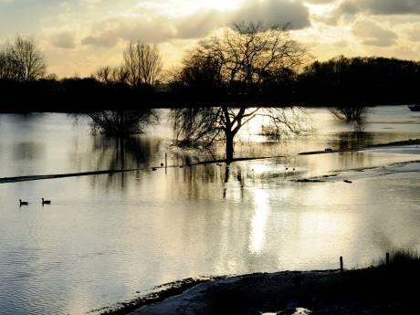 Rhedens rivierafval wordt wetenschappelijk bestudeerd