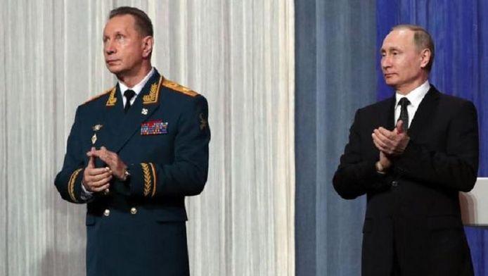 Viktor Zolotov et Vladimir Poutine.