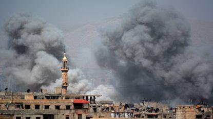 Zeventien burgers gedood bij bombardement op vluchtelingenkamp bij Damascus waar IS'ers verscholen zitten