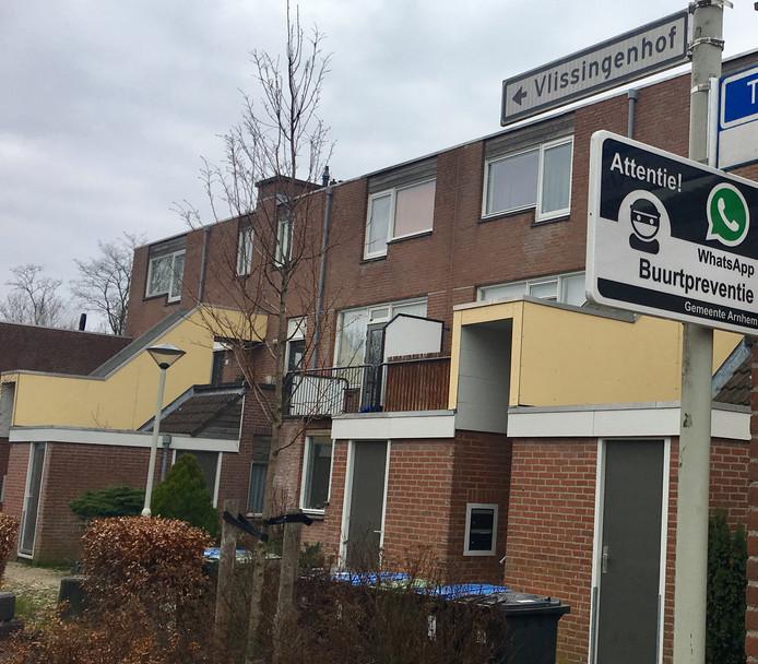ab13a20d860 Slachtoffer herkent overvaller in Arnhem: 'Ik ben zwanger, alsjeblieft niet  schieten'