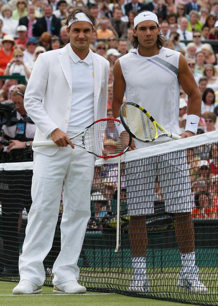 2007 Wimbledon: Federer wint 7-6, 4-6, 7-6, 2-6, 6-2. Beeld REUTERS