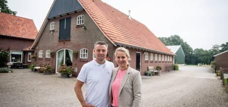 Joyce en Emiel storten zich op bed and breakfast bij boerderij in Bornerbroek;  'Prachtige plek, vindt iedereen'