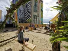 'Het was aan de Costa del Silo...' Strand op Tramkade gaat laatste dag in