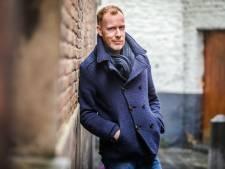 """Stand-upcomedian David Galle wordt 40 en viert 20 jaar op de planken: """"Wie goed bezig is, is van overal. Wie slecht bezig is van nergens"""""""