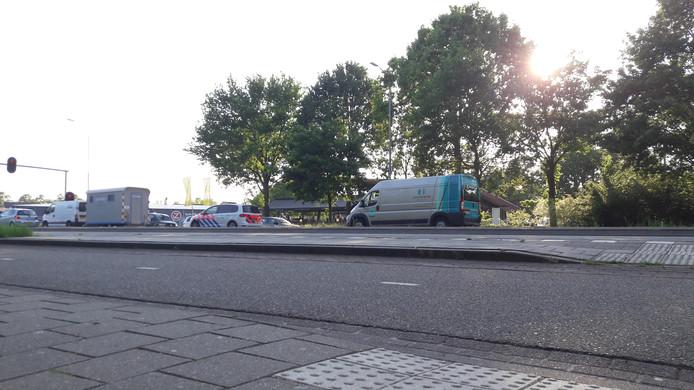 In Grave waren wel vijf politiewagens betrokken bij de zoektocht.