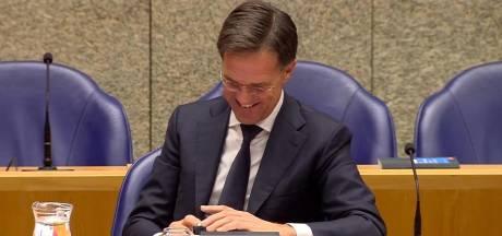 Is schermgetuur Rutte asociaal? 'Premier heeft wel meer te doen'