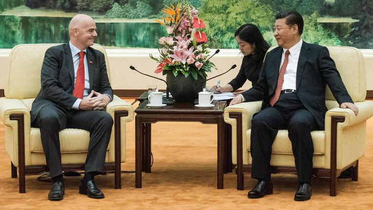 Gianni Infantino kwam op audiëntie bij de Chinese president Xi Jinping. Beeld anp