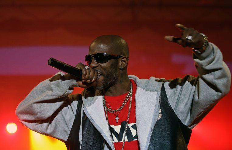 NEW YORK - Goed nieuws voor rapper DMX. Na een jaar in de cel te hebben vertoefd, komt de Amerikaan vrijdag vrij. DMX, echte naam Earl Simmons, moest een jaar zitten vanwege belastingfraude. Hij had miljoenen aan inkomsten verborgen gehouden.