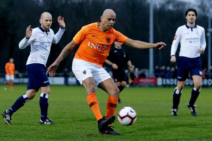 Glenn Helder afgelopen zondag in actie voor de oud-internationals tegen Koninklijke HFC in Haarlem.
