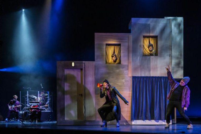 Alone@Home door  Bos Theaterproducties, Matzer Theaterproducties en Stadsschouwburg Utrecht Beeld Raymond van Olphen