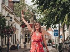 Wimperkoningin Dirkje (27): 'In de zomer willen mensen extra mooi voor de dag komen'