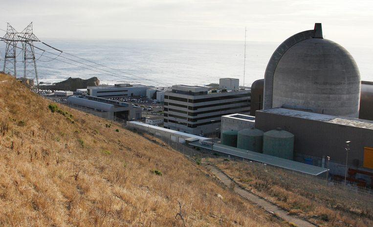 De aan zee gelegen kerncentrale Diablo Canyon te Californië wordt in 2025 gesloten. Beeld AP