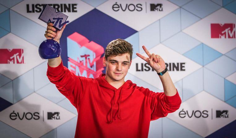 Martin Garrix met een MTV European Music Awards. Beeld null