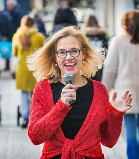 Louise (55) is doctor én jazzzangeres: 'Ik ben een combinatie van twee vrouwen'
