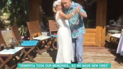 Het verleden bijna helemaal vergeten, maar dolverliefd: demente man 'trouwt' voor een tweede keer met zijn vrouw