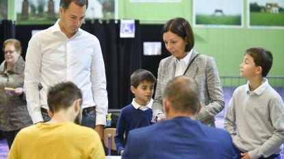 """Alexander De Croo blijft minister, maar wil """"coach """" zijn van nieuw bestuur"""