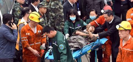 Twee mijnwerkers dood, nog 19 vermist in mijn China na afbreken rots