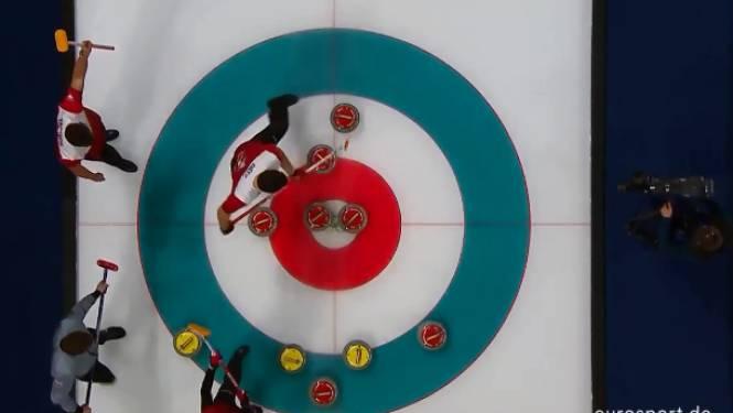 """Sensationele worp brengt curlingwereld in vervoering: """"Nog steeds geen idee wat daar gebeurd is"""""""