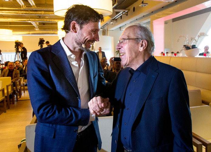 Mark van Bommel en Harry van Raaij waren present bij de boekpresentatie van Toon Gerbrands.