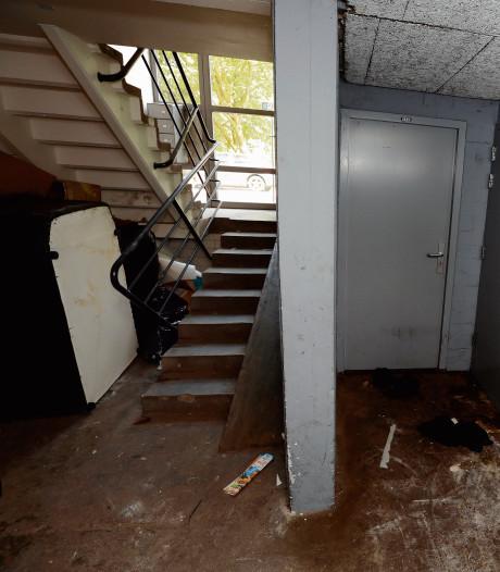 Drie bezoekers van meisje in kelderbox vechten tóch nog celstraf aan