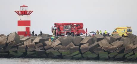 Overleden persoon aangetroffen bij basaltblokken Noordelijk Havenhoofd