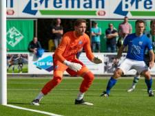 Doelman Van Barneveld is terug bij SDC Putten, al verliest hij weer in Genemuiden