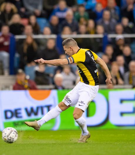 Hoofdrol VAR bij cruciale zege Vitesse op Heerenveen