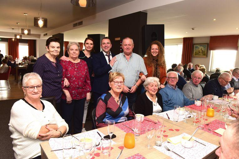 Heel wat volk in Seniorie Kesterberg voor het dorpsrestaurant