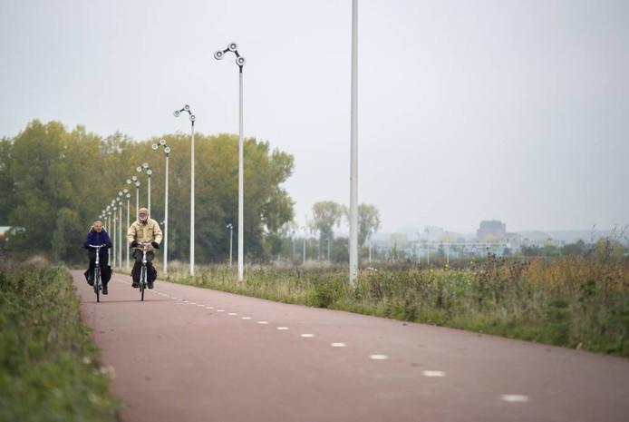 Het Rijnwaalpad tussen Elst en Arnhem.