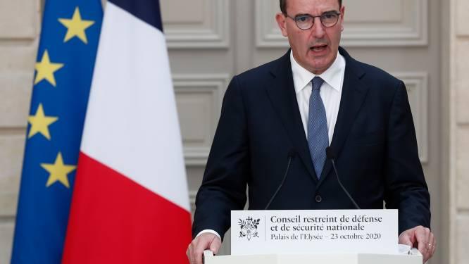 Franse politie pakt 27 mensen op na meldingen van online content na onthoofding leraar